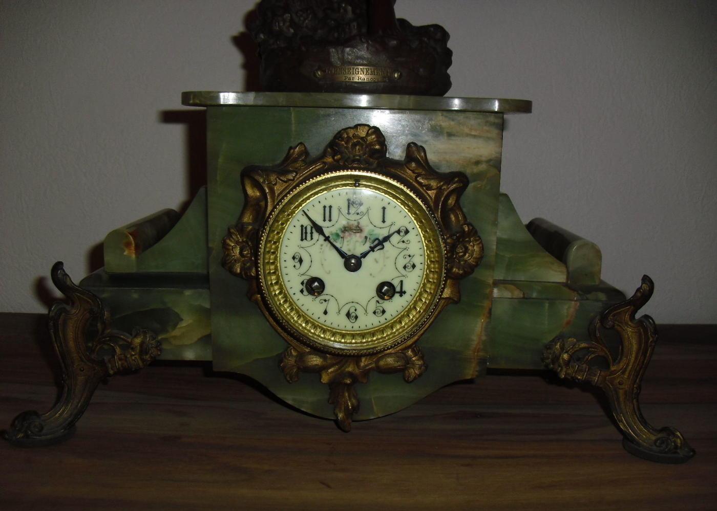 Величественные, монументальные и торжественные часы, способные стать настоящим украшением любого интерьера!